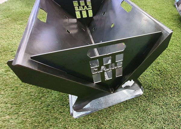 BASE TRAY AND BAG 2  CAOS FIRE PIT MKII WITH GRILL