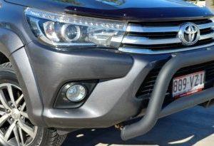 Toyota Hilux 2015~ Low Loop Alloy Nudge Bar - Black